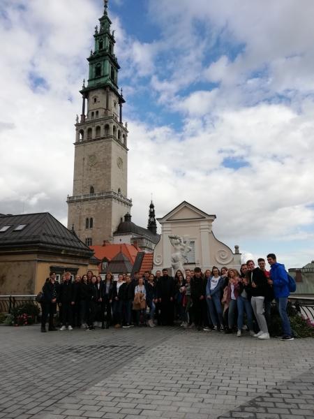 Maturzyści z diecezji pelplińskiej pielgrzymowali na Jasną Górę
