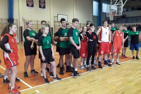 Półfinały Mistrzostw Powiatu 3x3 w koszykówce dziewcząt i chłopców