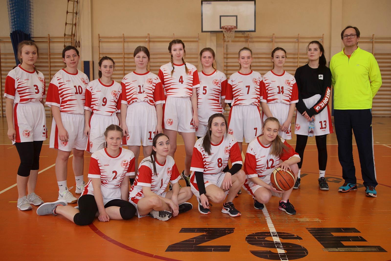 Półfinały Mistrzostw Powiatu w koszykówce dziewcząt